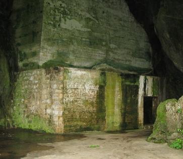 krankenhaushoehle-quan-y-grotto-auf-catba-island-2858-800